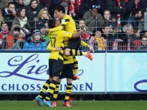 Dortmundi shikon dritë në fund të tunelit