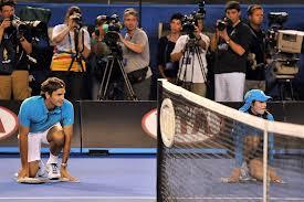 Roger Federer turpërohet nga adoleshenti