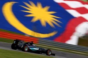 F1: Hamilton, i pari në provat e lira, ndjek Raikkonen dhe Rosberg
