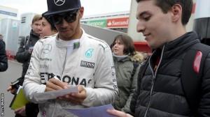 Lewis Hamilton afër rinovimit me Mercedesin