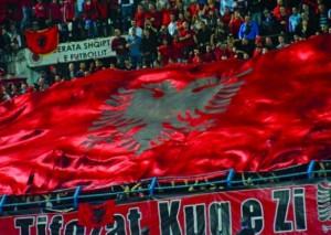 Jep dorëheqjen trajneri i Armenisë